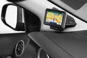 установка навигатора в автомобиле в Сургуте - опыт нашей компании