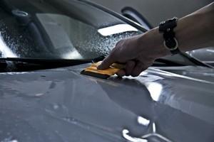 бронирование автомобилей пленкой перед отпуском сургут